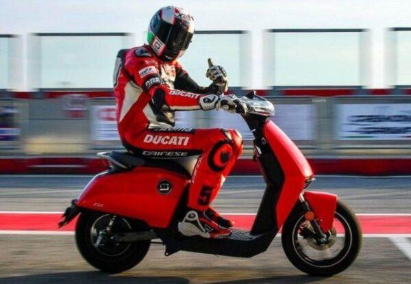 Super Soco CUx DUCATI moto electrica ciclomotor bateria NQi UQi  MQi  MQi+ pusa puma niu ecomobility green world nuuk silence