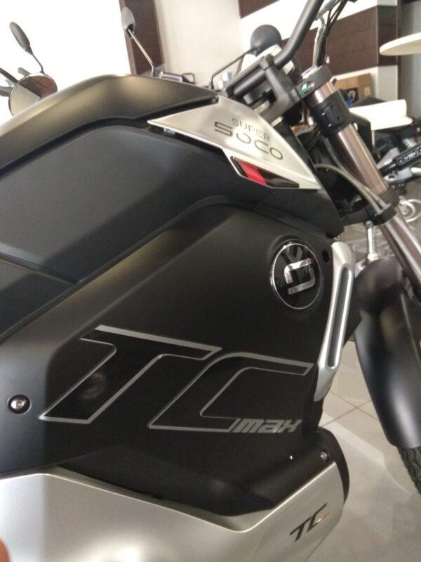 Super Soco TC MAX moto electrica ciclomotor bateria NQi UQi  MQi  MQi+ pusa puma niu ecomobility green world nuuk silence